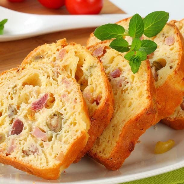 i27962-cake-au-jambon-et-olives.jpg
