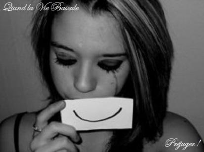 Seule_triste_essai_sourire.jpg